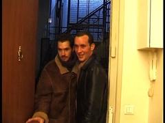 Deux grosses françaises baisée comme des salopes