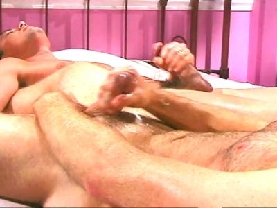 Amateurs de films gays, je vous présente Cole Reece et Nick Collins dans Une aff