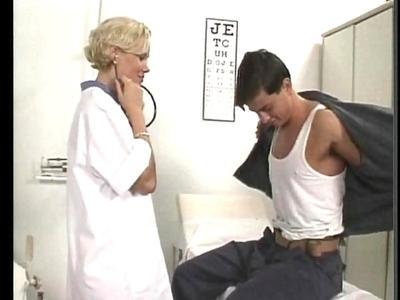 A quoi reconnaît on une bonne doctoresse? Mais en la gouttant bien sure. Pendant